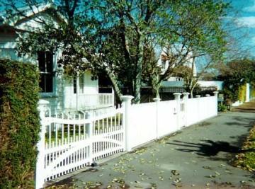product-42-Heritage-Albury-gate-pair[1]
