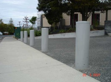 product-47-Westlake-Boys-School-Bollards-20-5-07-1[1]