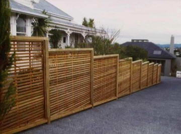 product-82-oriental-screen-fence-stepped-20mm-gap[1]