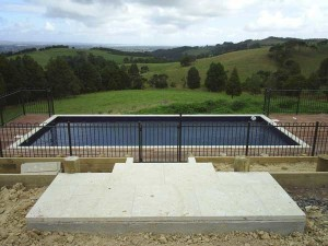 product-Alsteel%20pool%20fence%20and%20gate-Good-Bros-construction-Kaipara-View-Road-004[1]