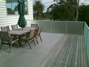 product-Aluminium%20%20with%20glass%20fence%20and%20gate-IMAGE_173[1]