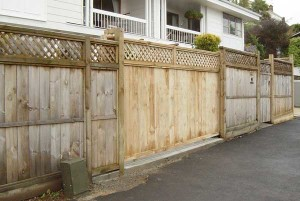 product-ERW%20wooden%20meshed%20sliding%20gate-Holdens-gate-008[1]