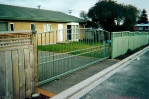 product-Wrought%20Iron%20sliding%20gates-Wrought-Iron-Sliding-Gate-4[1]