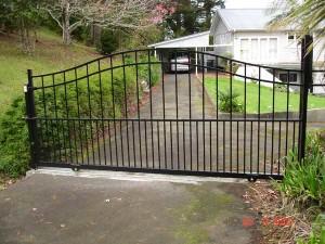 product2-38-Orgias-Aluminium-sliding-gate–20-5-07-NW3[1]