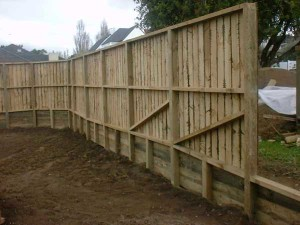 product2-86-Retaining-with-fence-on-top1[1]